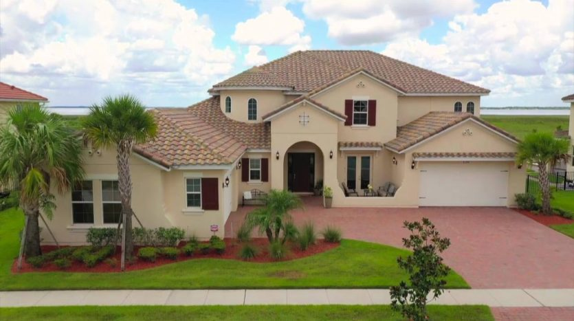 10 year family owned real estate business in Orlando