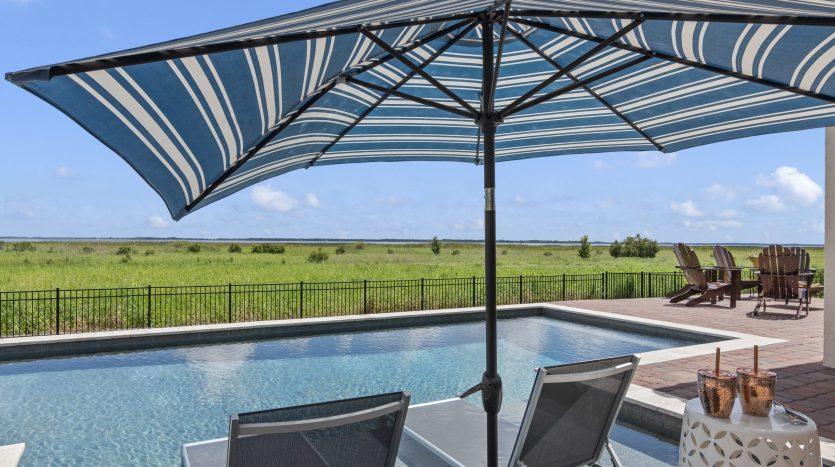 Pool 730 Windlass